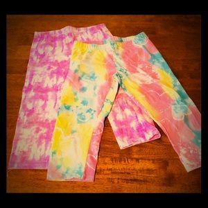 2 SO perfect Capri leggings